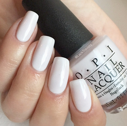 Swatch OPI Chiffon My Mind