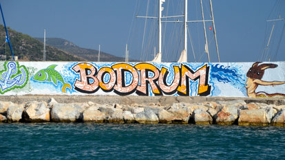 your-yacht.eu bodrum harbor entrance