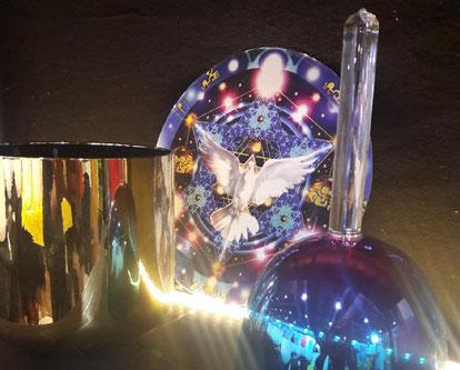 Bols de cristal thérapeutiques colorés