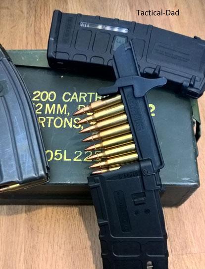 Laden der AR-15 Magazine mit StipLULA und Ladestreifen