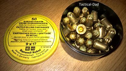 Kartuschen für Schlachtapparate im Kaliber 9x17 die auch in 9mm R Schreckschussrevolver passen.