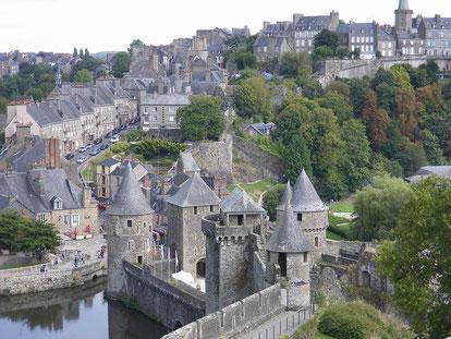 Les remparts du château de Fougères©M.Maret