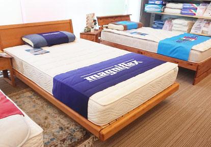ベッドイメージ - フラッグFX_セミダブルサイズ by マニフレックス