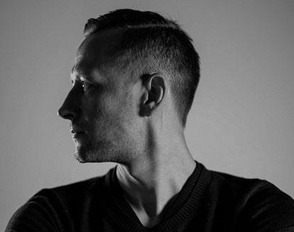 Sebastian Onufszak, Portrait, schwarz-weiß Fotografie