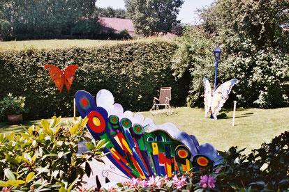 """Projekt """"Flüsternde Schmetterlinge"""" Galerie Eichenwand"""