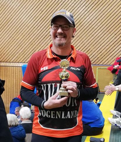 Esslinger Bogenschütze gewinnt Turnier in Deggingen