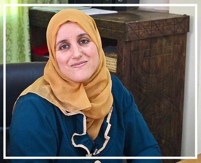 Latifah, directora comercial de la cooperativa