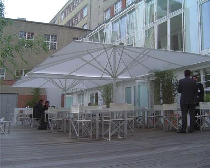 Sonnenschirme für Unternehmen may SCHATTELLO Köln
