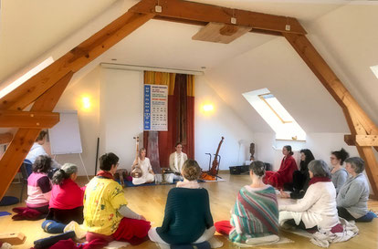Adam S. CallejonetNathalie Nichanian, Yoga de la Voix, Mantras et Chants Sacrés de l'Inde