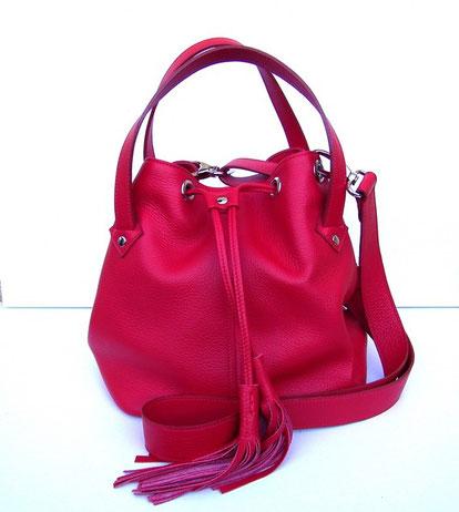sac bourse en cuir rouge fabriqué en France par un artisan maroquinier