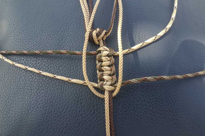 Snake Knoten Paracord Lanyard - Weitere Knoten stehen an
