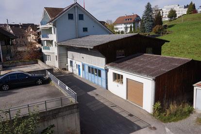 Ehemaliges Geschäftshaus an der Under Brugg 13