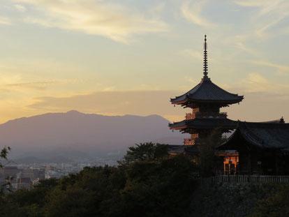 夕空とお寺