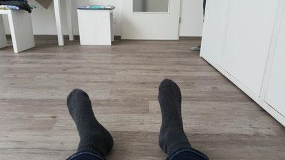 Übung 'Innen- und Außenrotation Füße'