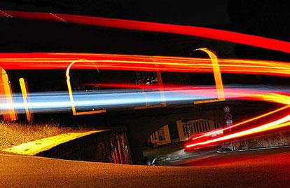 световые полосы в фотографии