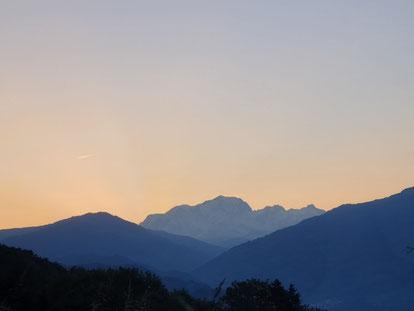 mont-blanc vue de chez crossconcept au petit matin