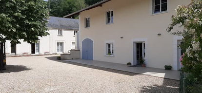 Vignoble-Alain-Robert-Vouvray-wines-Loire-Valley-vineyard-cellar-wine-tours-tastings