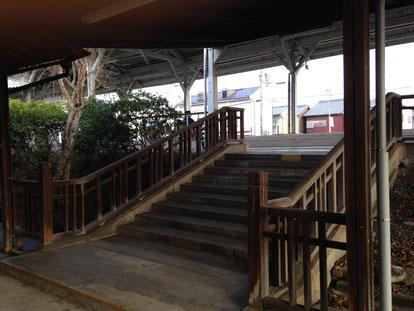 JR畝傍駅 今西逸郎