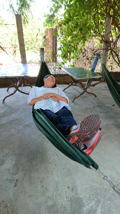 haengematte-schlaf-vietnam-raststaette-reiseplan-reisen in zeiten codid19-corona-ausland