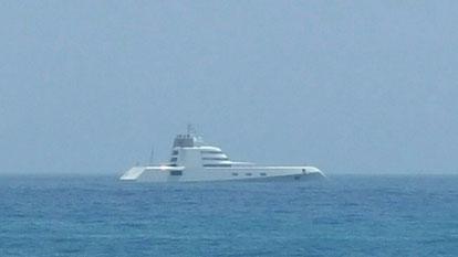 Motoryacht A