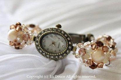 ブレスレットみたいな時計 ビーズウォッチ