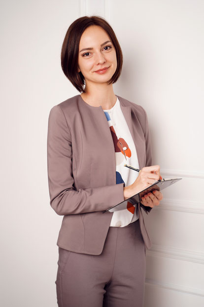 beeidigte Dolmetscherin für Russisch Schneider