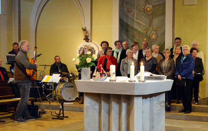 Die Gruppe sacro pop im Gottesdienst