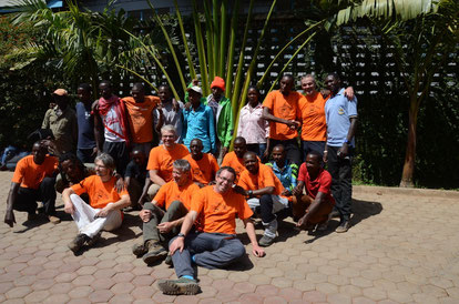 Unser erfolgreiches Gipfelteam mit der kompletten Begleitmannschaft