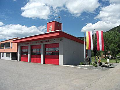 Rüsthaus Feuerwehr Pischeldorf B92