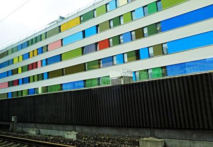 12. Oktober 2016 - Wohnen hinter Schallmauern, aber in Farben
