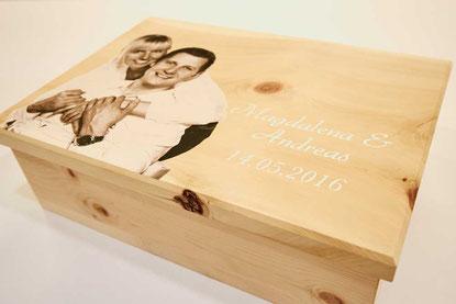 Holzdruck - Fotodruck auf Holzkiste als Hochzeitsgeschenk