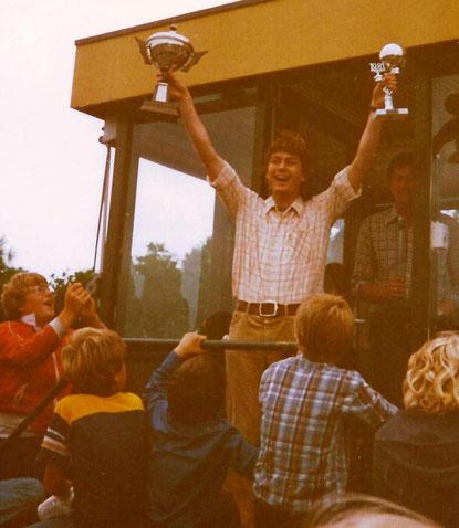 Empfang der Siegerpokale 1981