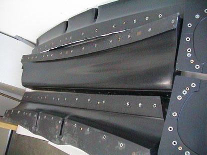 Fertige mehrteilige Form (A4-STW-Originalheckspoiler)