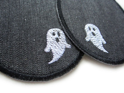 Bild: Knieflicken zum aufbügeln für Kinder mit Gespenstern, Bügelflicken Geister gestickt