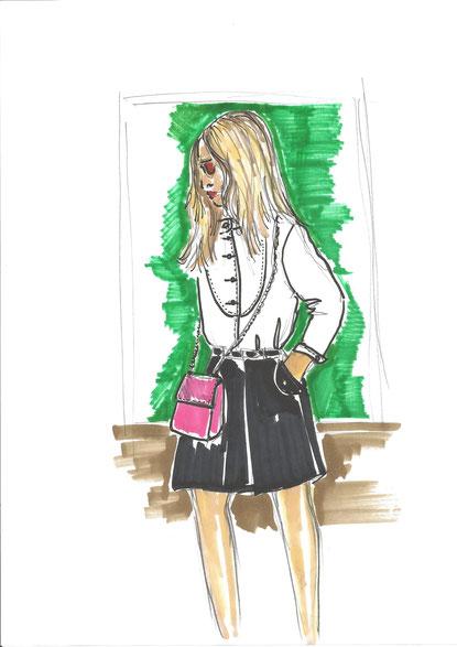 Frühlings Look - weisse China-Kragen Bluse mit Jupe und Minibag