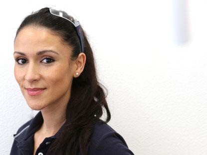 Sarah Baykurd, Zahnmedizinische Fachangestellte