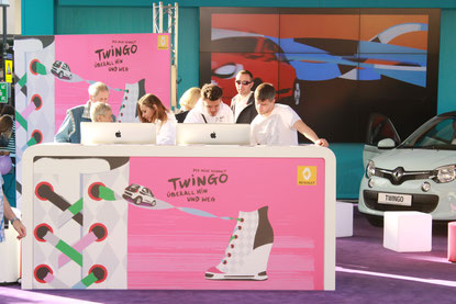 ROADSHOW | RENAULT TWINGO FASHION OUTLET TOUR