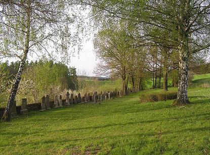 Auf dem jüdischen Friedhof in Wehrda 2007 - Foto: E. Sternberg-Siebert
