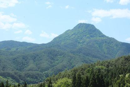 浦野の山と考えられる子檀嶺岳