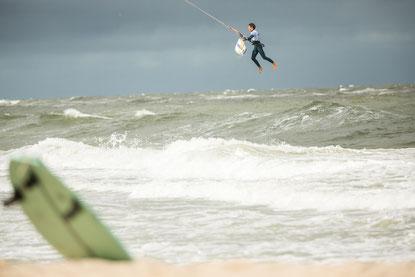 Die GKA-Disziplin Kite-Surf sorgt für spektakuläre Action über der Nordsee