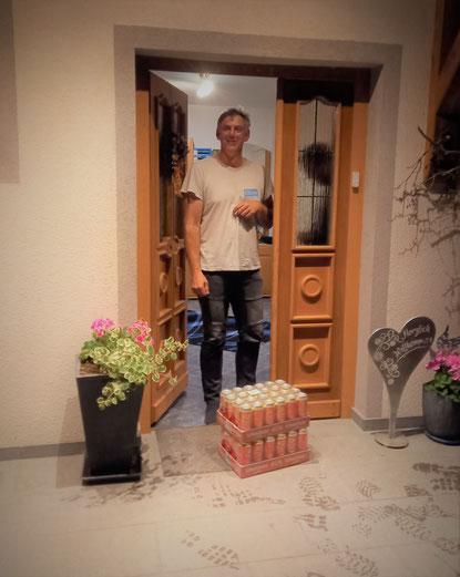 27. Juni 2021 - 00.30 Uhr: Guten Morgen Geburtstagskind Markus! Alles erdenklich Gute zum 50er wünschen dir deine Freunde und Kameraden der FF-Tresdorf. Beim Leeren der zwei Lagen werden wir dir natürlich helfen ;-)