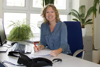 Frau Britta Hundertmark