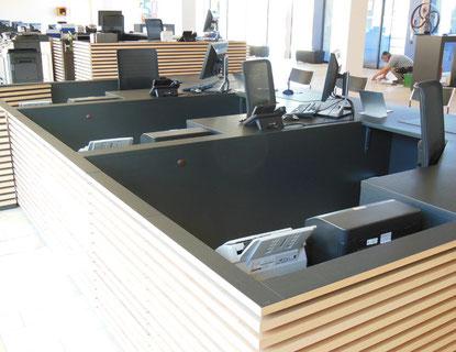 Arbeitsplatz aus Holz gefertigt und weitere Beispielbilder  von der Schreinerei Fendt in Untrasried