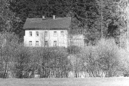 Bild: Rotes Haus Wünschendorf Erzgbirge 1960