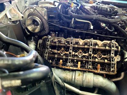 Ersetzen Hydrostössel & Nockenwelle bei einem Audi