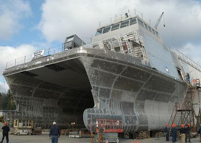 Reibrührgeschweißte Aluminiumpaneele im X-Craft bei Nicols Bros. Boat Builders in Freeland, Washington
