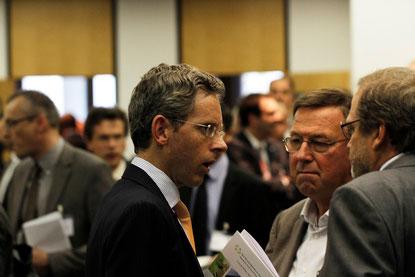 Angeregte Diskussionen in der Kaffeepause | © www.schmitt-photodesign.de