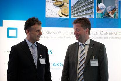 Necdet Kirhan Yazici, NKY, Ankara im Gespräch mit Jürgen Zimmermann, Prokurist ARCADIS Deutschland (v.l.)