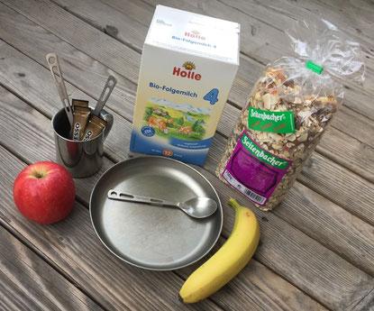 Teller, Besteck, Titan, Milchpulver, Müsli, Obst, Frühstück, Outdoorküche