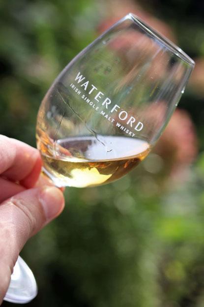 Waterford Single Malt Whisky im Glas